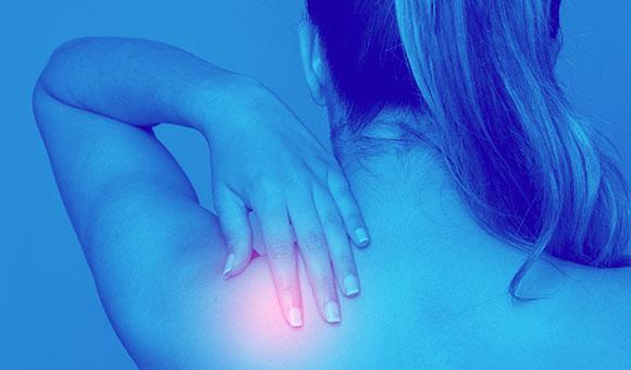 Dolore alla spalla: le diverse patologie, terapie e rimedi