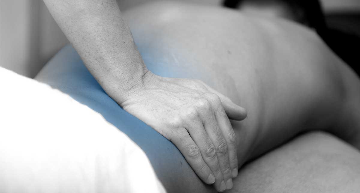 Come curare la Lombalgia: le tecniche fisioterapiche